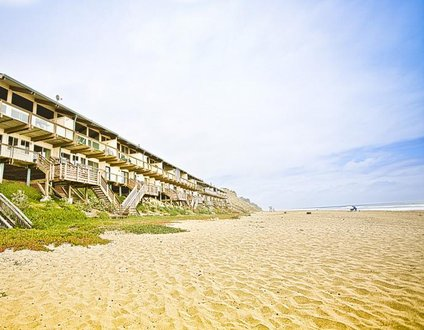 797/Perched on the Sand *OCEAN FRONT*