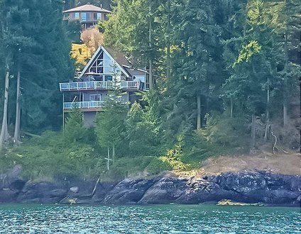 San Juan Island, Washington Way Chalet