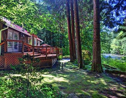 Salmon River Retreat