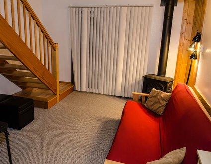 56SLL - Fireplace - Inexpensive - Kitchenette - Sleeps 4