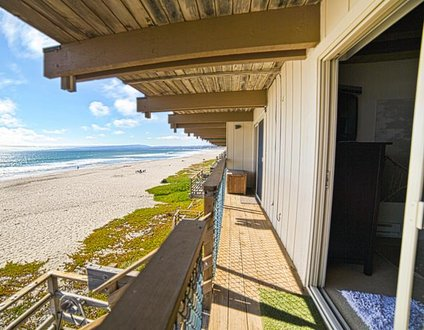709/On the Beach *Ocean Front/Reduced Off Season*