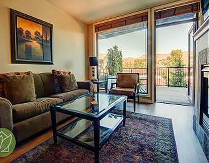 Chelan Resort Suites Condo #111