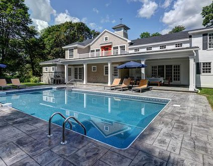 922: In-Ground Pool, In-Town Kennebunkport,