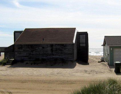 Ocean Sands #136 - large classic Pacific City oceanfront beach home. Pet friendly!