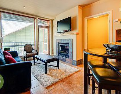 Chelan Resort Suites Condo #102