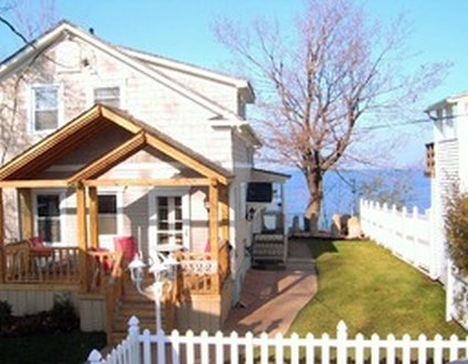 #9207 - The Beach House in Lake View