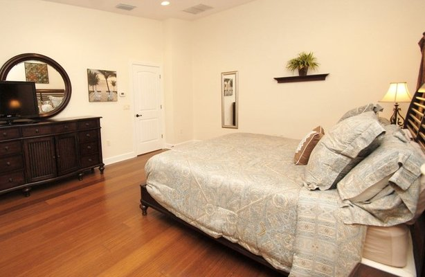 property_images