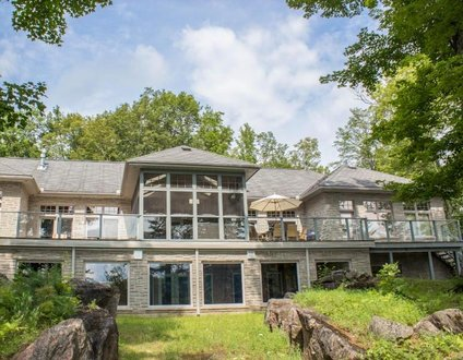 Greystone Lakehouse