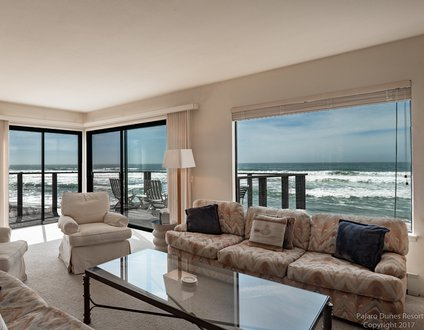 Large Ocean Front Townhome 17