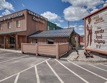 Snake River Roadhouse #4 Big Brown