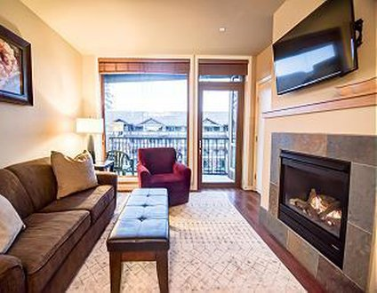 Chelan Resort Suites Condo with Crib - ADA Accessible