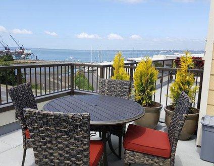 Fairhaven Harbor Luxury Retreat