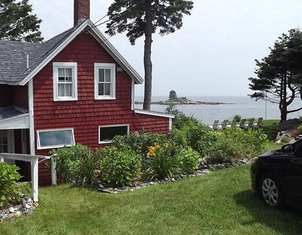Edge Of The Sea | Oceanfront | Ocean Point | East Boothbay Maine | Lighthouses | Pet-Friendly| Islands