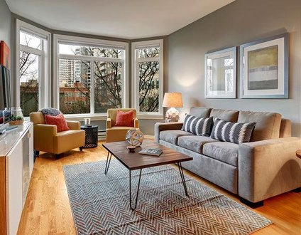 Belltown Court Emerald City Suite