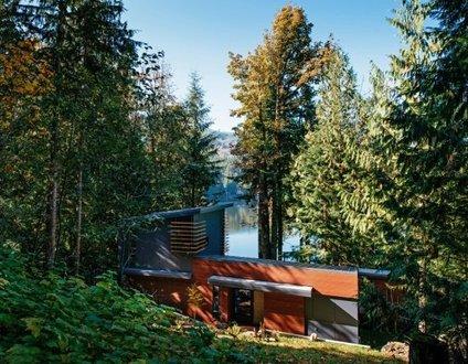 83MF - Lakeside - Hot Tub - BBQ - Dock - Sleeps 4