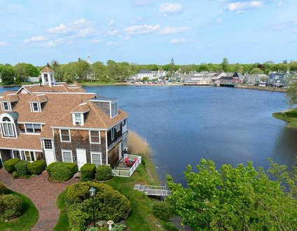 803: Harbor Views - Walk to Center of Kennebunport
