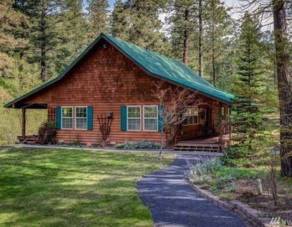 Bjork Creek Cabin
