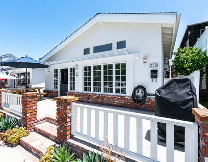 210 Opal Front House