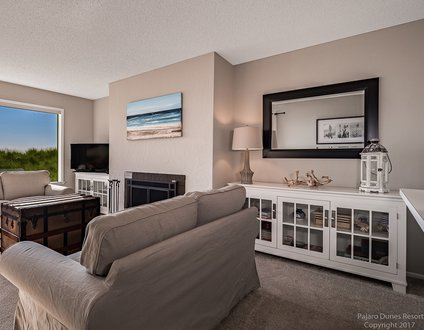 Beautiful Condo on the Beach S172