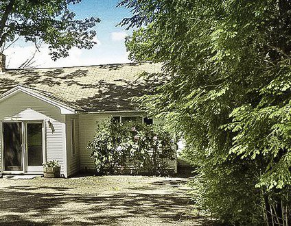 Fairview Cottage  Boothbay Maine   Pet Friendly   Salt Water River   Private Dock & Float  