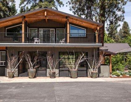 Riverside Loft Suite RP