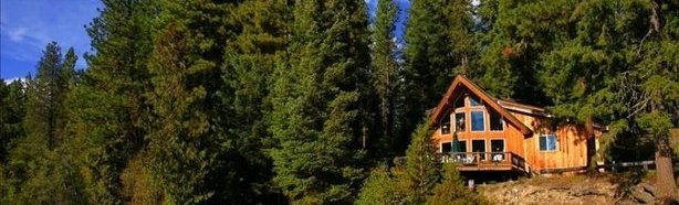 Brunner's Lodge in Leavenworth in the trees