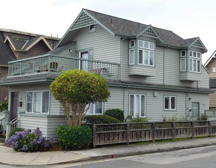 Beach Bungalow at Seabright - Monthly Rental