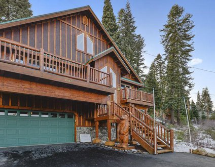 Skislope Truckee Vacation Cabin