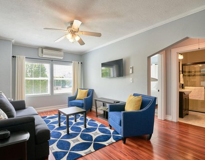 Yamhill Flats: Suite 5