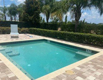 371-Luxury Villa with POOL