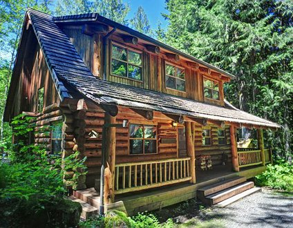 Bear Den Log Cabin