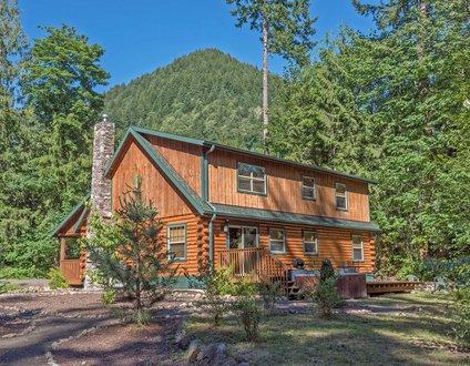 Zigzag Mountain Lodge