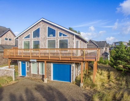Sea Gull Haven #169 - Pacific City home One block to beach in Kiwanda Shores w/ hot tub