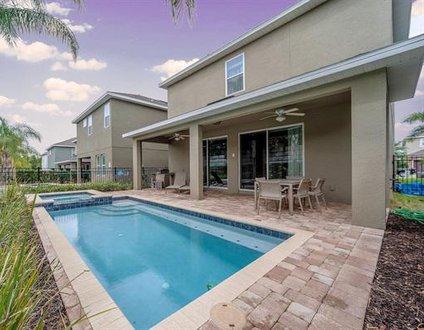 320-Luxury Villa with Pool & Hot Tub