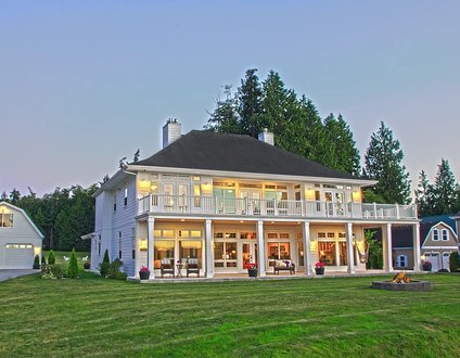 Hood Canal Grand Cottage