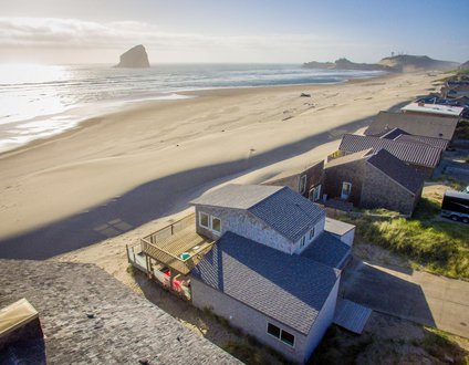 Wave Catcher #145 - Oceanfront home in Pacific City.. back yard is the sand!