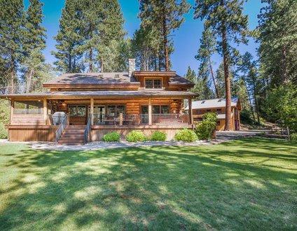 Arrowhead Lodge