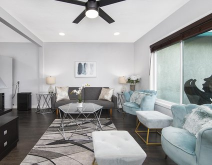 Glam Dragon A | Freshly Renovated, Hot Tub, Walking Distance to the Beach